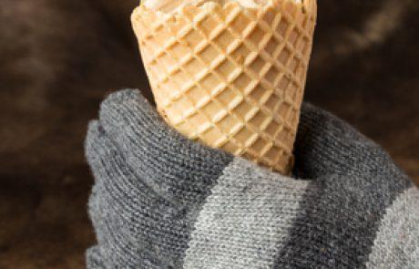 על הצטננות, כאב גרון וגלידה