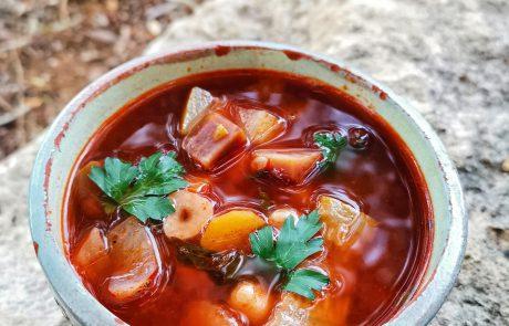 רק מרק! שלושה סוגים של מרקים ומתכונים מאת השף והדיאטן אושר אידלמן.